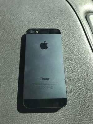 iPhone 5 for Sale in Henderson, NV