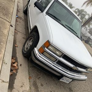 1995 Chevy Silverado for Sale in Waterford, CA