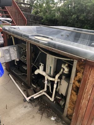 Hot tub for parts free!!! for Sale in Aurora, CO