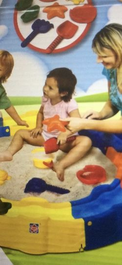 Kid Beach Toy Set for Sale in North Attleborough,  MA