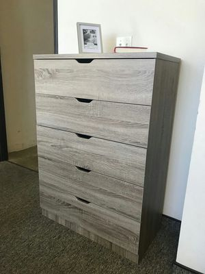 5-Chest Drawer, Dark Taupe for Sale in Fountain Valley, CA