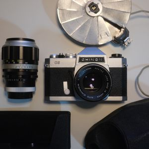 Chinon CS Film camera in great condition + body case + lens for Sale in San Diego, CA