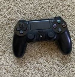 PS4 controller for Sale in Duquesne,  PA