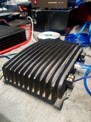Rockford Fosgate 40i amplifier for Sale in Compton, CA