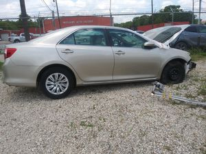 2104 Toyota Camry LE 2.5L(parts only) for Sale in Houston, TX