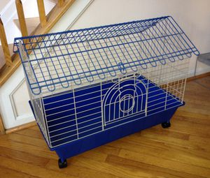 SMALL ANIMAL CAGE / BIRD CAGE for Sale in Laurel, MD