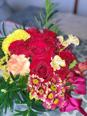 Fresh Roses! Buy it now! , Delivery offered! 55$$ for Sale in Manassas, VA