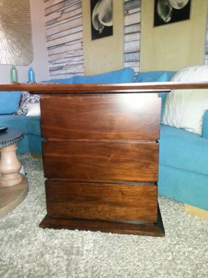 BASSETT Modern Solid Wood CONSOLE 4TV OR ENTRANCE for Sale in San Diego, CA
