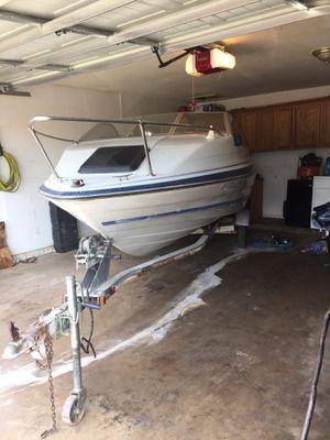 89 bayliner 19 ft cuddy cabin boat for Sale in Phoenix, AZ