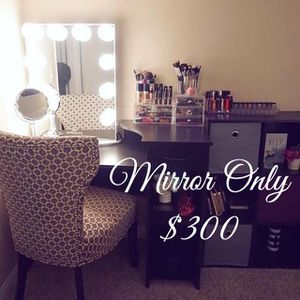 Brand New Impressions Vanity Lighted Makeup Mirror for Sale in Lakewood, CO