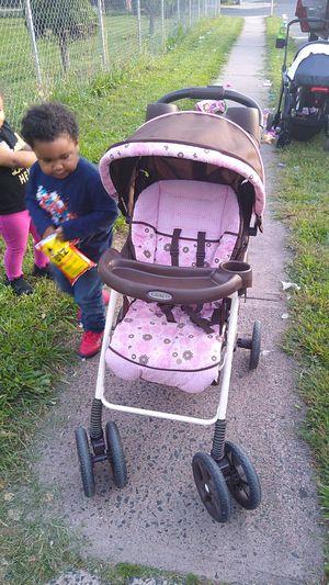 Used stroller for Sale in Hartford, CT