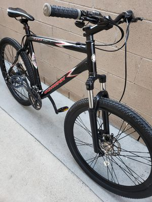 SCHWINN MESA ALUMINUM FRAME DUAL DISC BRAKES FRONT SUSPENSION MOUNTAIN BIKE for Sale in Ontario, CA