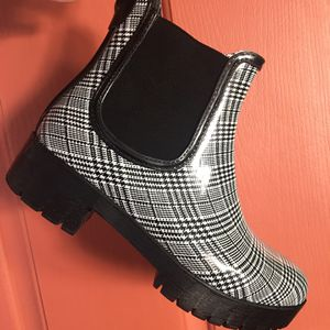 Jeffrey Campbell rain boots for Sale in Oceanside, CA