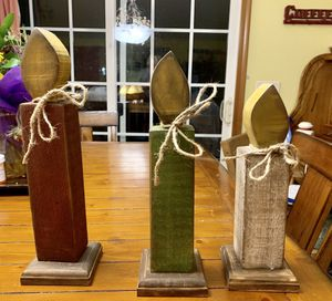 3 rustic wooden Candles great home decor for Sale in Pleasantville, OH