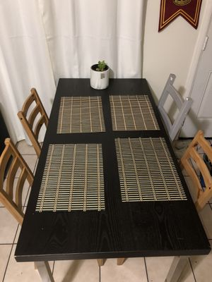 Dinning table for Sale in San Leandro, CA