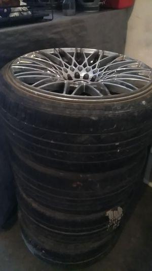 20 inch rims Universal 5 lug for Sale in Las Vegas, NV