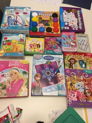 Puzzle books, games and play sets for Sale in Gainesville, FL