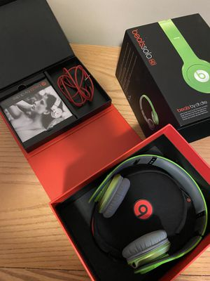 beats by Dre solo HD for Sale in Pepper Pike, OH