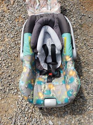 Infant car seat for Sale in Thaxton, VA