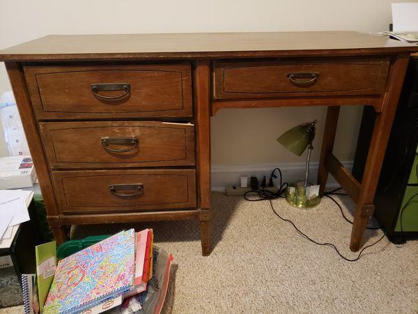 FREE Wooden Desk