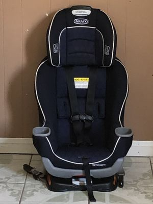 PRACTICALLY NEW GRACO EXTEND 2FIT CONVERTIBLE CAR SEAT for Sale in Riverside, CA