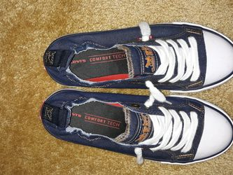 Levi Denim Shoes Women's Size 6.5 for Sale in Conyers,  GA