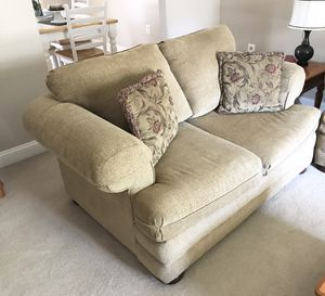 Sofa & Love Seat set for Sale in Crofton, MD