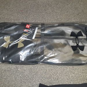 Under Armour Undeniable 4.0 Medium Duffle Bag for Sale in Kent, WA