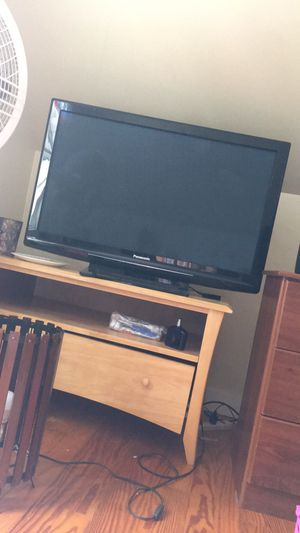 42inch Panasonic HD TV for Sale in Ellsworth, ME