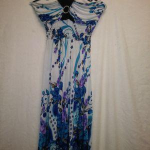 Beautiful dress Like New for Sale in Apopka, FL