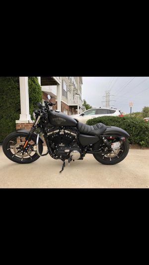 2018 Harley Davidson sportster 883 iron for Sale in Herndon, VA