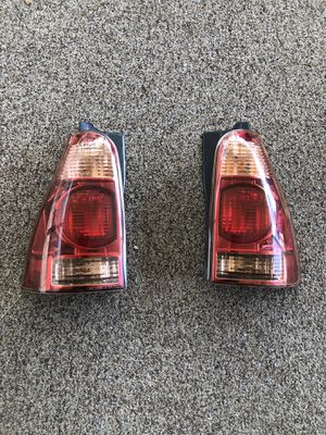 2003 to 2005 Toyota 4Runner tail lights!!!! for Sale in West Valley City, UT