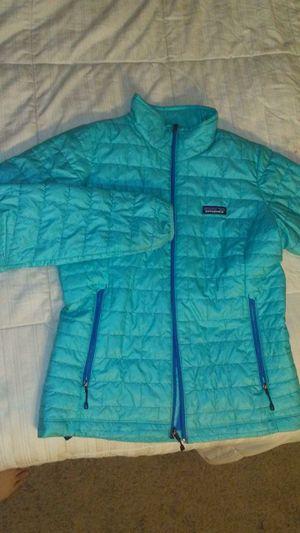 Patagonia medium women's Nano puff jacket. for Sale in North Las Vegas, NV