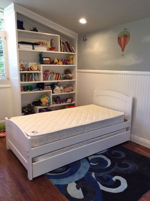 White Twin Bed w Trundle and Mattresses Brand New for Sale in Anaheim, CA