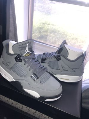 Jordan 4 cool grey size 9.5 for Sale in West Covina, CA