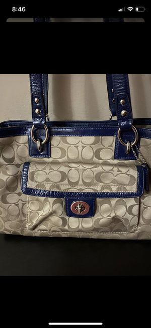 Coach purse for Sale in Schaumburg, IL