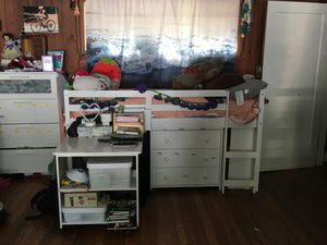 Loft bed with desk and dresser and bookshelves for Sale in Atherton, CA