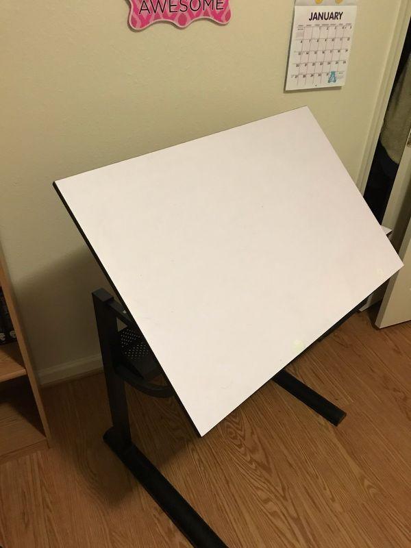 Art table adjustable
