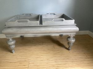 Coffee table for Sale in Hermon, ME