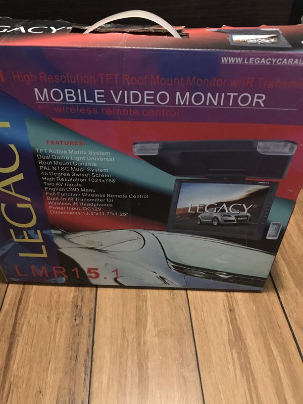 Mobile video monitor with wireless remote control