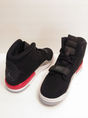 SZ 7Y Brand New Nike Air Jordan Legacy 312 Basketball Shoes AT4040 060 Men Size 7 = Women 8.5 for Sale in Inglewood, CA