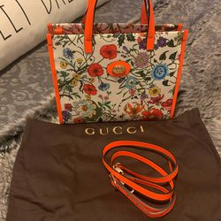 Gucci Mini Bag With Flower for Sale in Westford,  MA