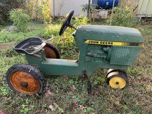 Ertl Co. John Deere Pedal Tractor, model 520 for Sale in Flowery Branch, GA