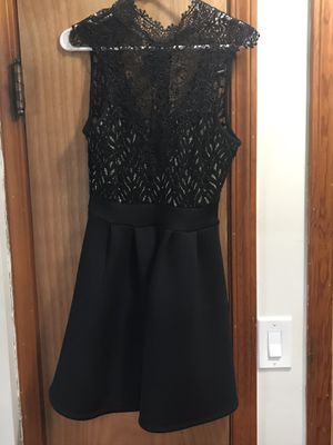 Windsor Dress * Medium * for Sale in Parma, OH