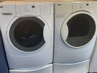 $599 Kenmore washer and dryer set with pedestals includes delivery in the San Fernando Valley for Sale in Burbank,  CA