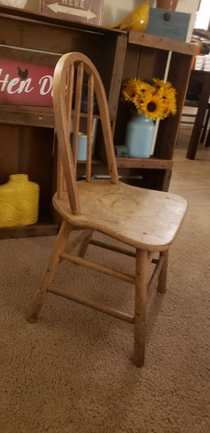 Antique Children's wooden chair for Sale in Tumwater, WA