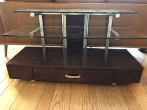 TV console clean and great condition for Sale in Piedmont, CA
