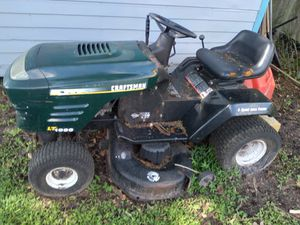 Riding Lawnmower / Cheap... $100obo for Sale in Riverview, FL