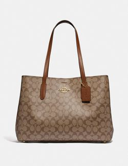 Brand New Coach Extra Large Tote Bag - Best Valentines Gift for Sale in Reston,  VA