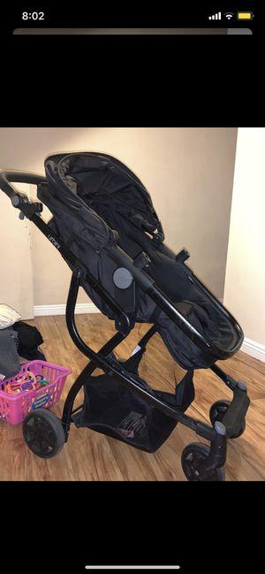 Urbini stroller for Sale in Santa Fe Springs, CA